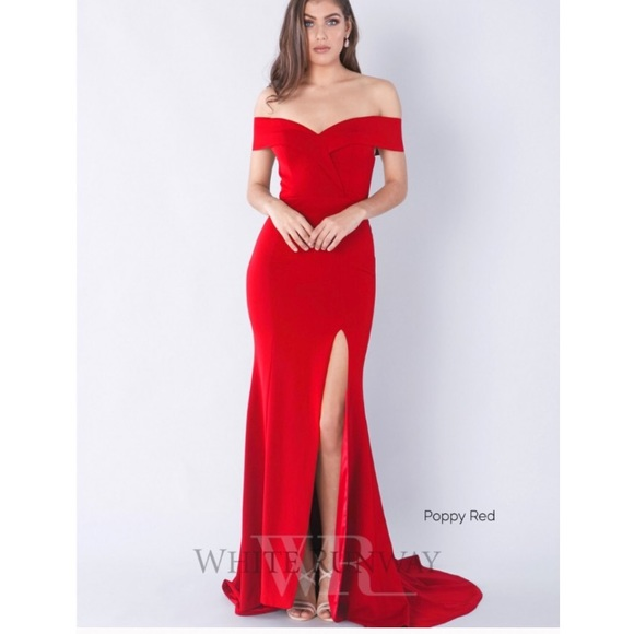 NEW WITH TAGS off the shoulder poppy red gown. NWT. White Runway ae811e98b